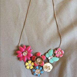 Super fun and bright Aldo necklace